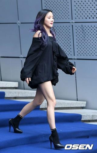 SPICA 出身ボヒョン、「2017 F/W HERAソウルファッションウィーク」GREEDEILOUSファッションショーに出席。