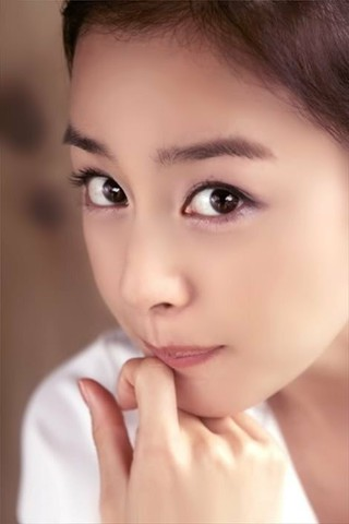女優キム・テヒ、誕生日。 (1枚)