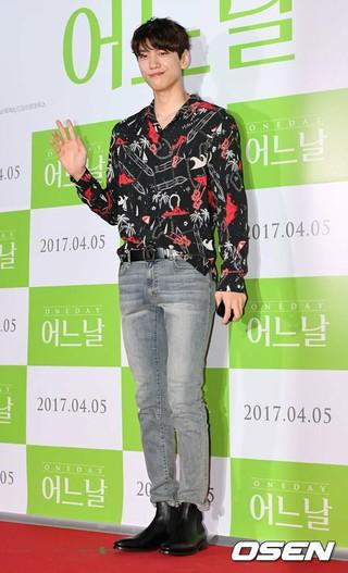 俳優ソンジュン、映画「ある日」のVIP試写会に出席。@ソウル・CGV 往十里。