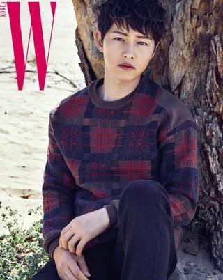 ソン・ジュンギ、画報公開。雑誌「W Korea」より。 (1枚)