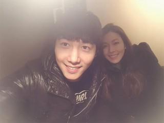 6月9日結婚予定の女優キム・ソヨン、俳優イ・サンウ、近況公開。「ヘルメット画報」。。