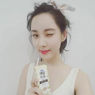 少女時代 ソヒョン、SNS更新。健康的でおいしい豆乳。毎日。 (1枚)