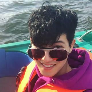 【動画】CNBLUE ジョンヒョン、SNS更新。