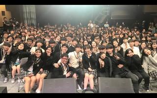 【動画】楽童ミュージシャン AKMU、高校生の舞台にビックリ登場。。「AKMU SESSION : CHORUS」