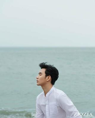 俳優キム・スヒョン、画報公開。ファッションブランドZIOZIA。専属モデルとして活動中。 (3枚)