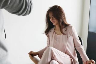 女優ソン・ユナ、画報公開。GEORGES RECHのミューズとして活動中。独歩的なオーラ!