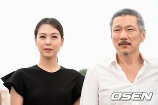 """""""不倫説""""キム・ミニ - ホン・サンス監督の映画「その後」、22日に韓国メディアへお披露目。しかし、記者会見は「なし」の異例の対応。 (1枚)"""