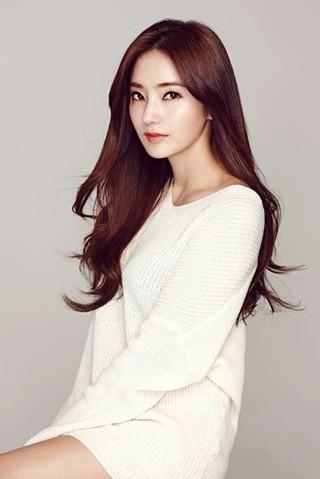 女優ハン・チェヨン、BS COMPANYと専属契約。イ・シオン、ホ・ガユンらが所属。 (1枚)