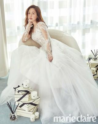 女優ソン・ユリ、画報公開。雑誌marie claire。
