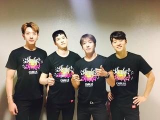 【JT公式FNC】#CNBLUE アリーナツアー「Shake!Shake!」大阪公演1日目終了!エネルギッシュなBOICEの皆さんの応援がステージまでバシバシ伝わってきました!ありがとうございました!明日はついにラスト!一緒にS… (1枚)