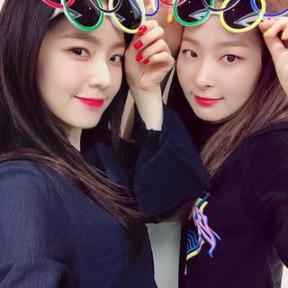 Red Velvet、SNS更新。「6月23日はオリンピックの日です。みんな立ち上がって動いてみましょうか?」 (2枚)