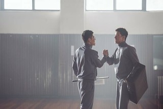 映画「青年警察」、主演パク・ソジュン &カン・ハヌルのスチールカット公開。映画は8月公開予定。 (2枚)