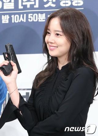 女優ムン・チェウォン、tvNドラマ「クリミナル・マインド」の制作発表会に出席。19日午後、インペリアルパレスホテル・ソウル。