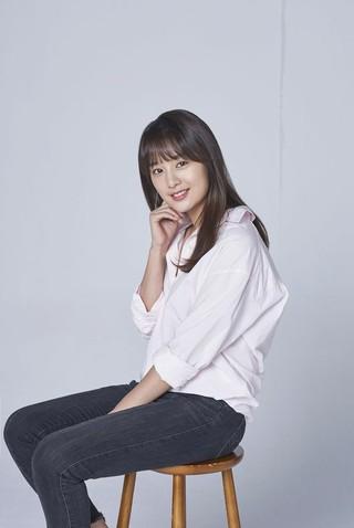 女優キム・ジウォン、主演ドラマ「サム、マイウェイ」終了のインタビュー。●自分の演技に与える点数は「50点」。●今回共演した俳優パク・ソジュンは「メロ・ドラマのブルドーザー」。