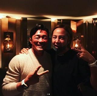 チャン・グンソク、秋山成勲と一緒に合同誕生日パーティー。秋山成勲がSNSで「Thank you brother」