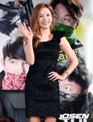 女優ハン・ソヨン、映画「ローマの休日」制作報告会に出席。
