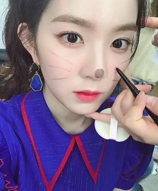 Red Velvet アイリーン、SNS更新。ネコちゃんに変身!
