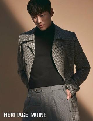 俳優ナムグン・ミン、画報公開。雑誌「HERITAGE MUINE」、追加分。ドラマ「操作」で熱演中。