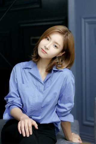 女優シン・セギョン、ナム・ジュヒョクとの共演ドラマ「河伯の花嫁2017」についてインタビュー。「ジュヒョクの演技態度を見て、初心を戻した。アップ撮影の時、映らない相手側のリアク