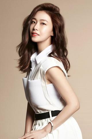 「王女の男」女優ホン・スヒョン、ドラマ・カムバック。新ドラマ「Mad Dog」でT-ARA 出身のファヨンと共演。