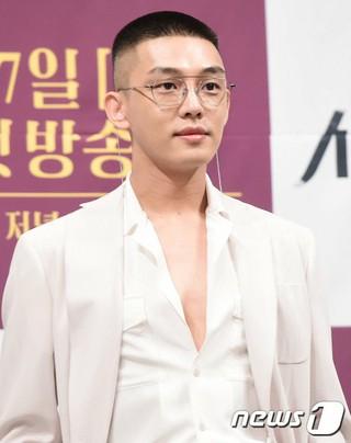 俳優ユ・アイン、イ・チャンドン監督の8年ぶりの新作映画「バーニング」主人公にキャスティング。9月にクランクイン予定。