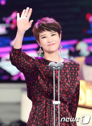 「キム・サムスン」の女優キム・ソナ、「ソウルドラマAWARDS」に授賞者として参加。ソウル汝矣島(ヨイド)。