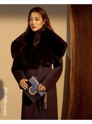 女優キム・ヒソン、画報公開。スタイル誌「Noblesse」。