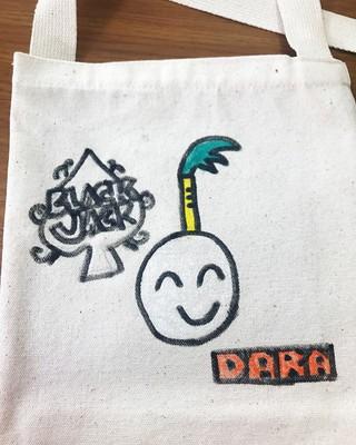 2NE1 出身DARA、SNS更新。「ニャー」