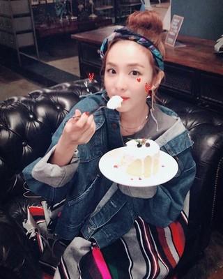 2NE1 出身DARA、SNS更新。