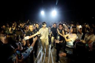 俳優ナム・ジュヒョク、海外ツアーの公式写真を公開。16日、タイのバンコクMCCホールで開かれた「NAM JOO HYUK PRIVATE STAGE 'CLOSE-UP'」。200