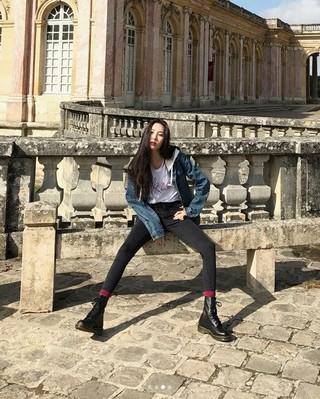 "Wonder Girls 元メンバーのソンミ、SNS更新。""圧倒的な足の長さ"""