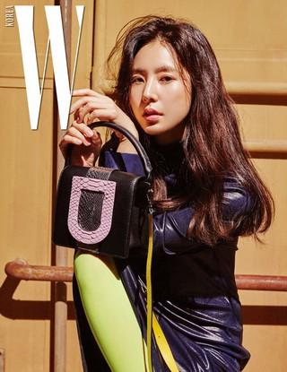 女優ハン・チェア、画報公開。雑誌「W KOREA」。