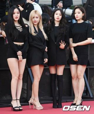 T-ARA 、「第1回Soba Best K Music Awards」レッドカーペットに登場。20日午後、ソウル・蚕室学生体育館。