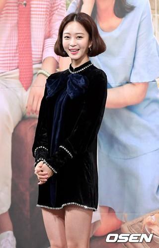 女優ハン・イェスル、MBCの新月火ドラマ「20世紀少年少女」の制作発表会に出席。