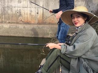 女優ソン・イェジン、SNS更新。「秋夕(チュソク)には釣りでしょう」。
