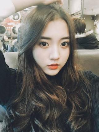 EXO Suho主演映画「女子中学生A」、キャストが話題。WEB漫画が原作、「ユリ」のキャラクターが女優チョン・ダビン のイメージとピッタリ。。