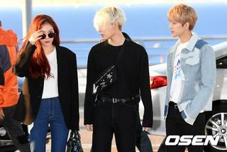 Triple H、空港ファッション。ショーケースのため香港に向けて出国。
