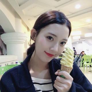 女優チョン・ダビン、SNS更新。