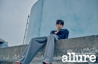俳優キム・ミンソク、画報公開。雑誌「allure」。