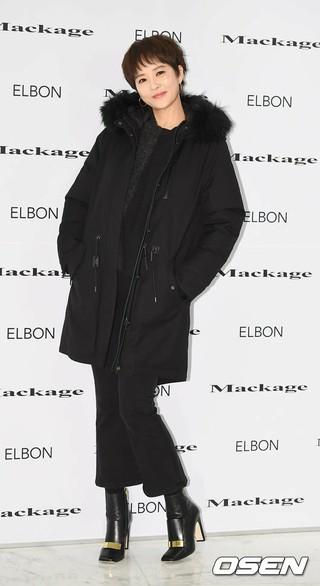 女優キム・ソナ、アパレルブランドのフォトイベントに出席。