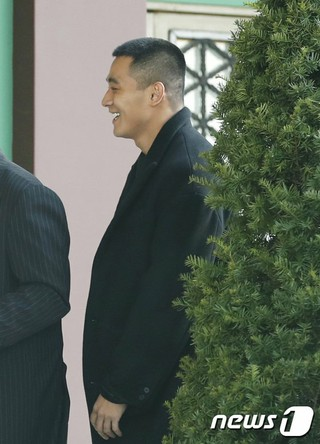 俳優チョン・ソグォン、俳優ソン・ジュンギ-ソン・ヘギョの結婚式に出席。31日午後、新羅ホテル。