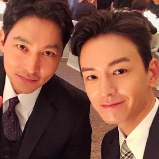 俳優イム・ジュファン、SNS更新。俳優ソン・ジュンギ-ソン・ヘギョの結婚式に出席。ソン・ジョンホと記念撮影。