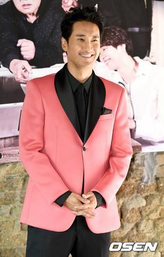 俳優シン・ヒョンジュン、JTBC「オ!アシス」MCに抜てき。