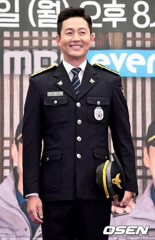 俳優イ・ジョンジン、MBC every1バラエティ「田舎の警察2」の制作発表会に出席。