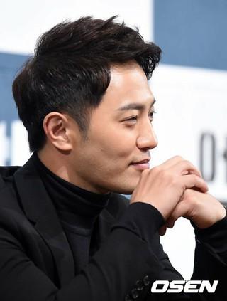 俳優チン・グ、JTBC新金土ドラマ「アンタッチャブル」制作発表会に出席。21日午後。ソウル・インペリアルパレスホテル。