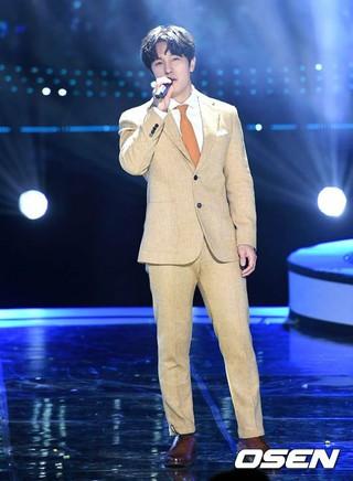 SHINHWA キム・ドンワン、、SBS MTV「The Show」に出演。