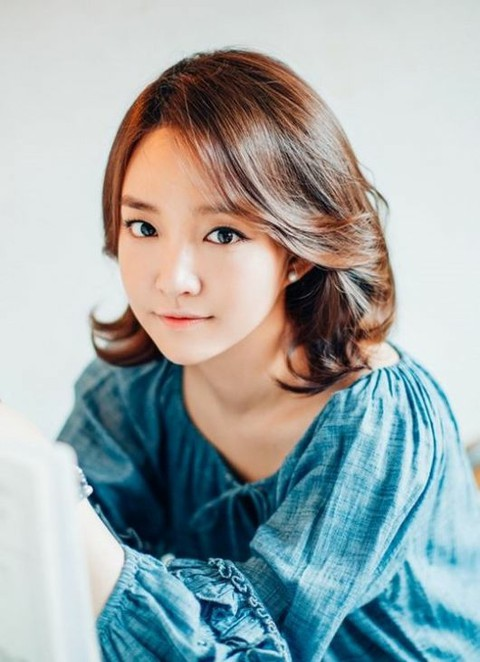 歌手ユンナ、今月のカムバック確...