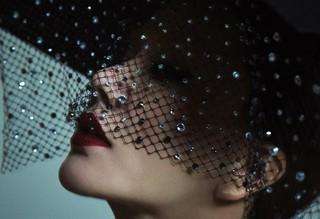 """""""女王の帰還""""までD-7。歌手オム・ジョンファ、比較不可能のカリスマティーザー公開。"""