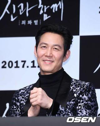 俳優イ・ジョンジェ、映画「神と共に」メディア試写会に出席。