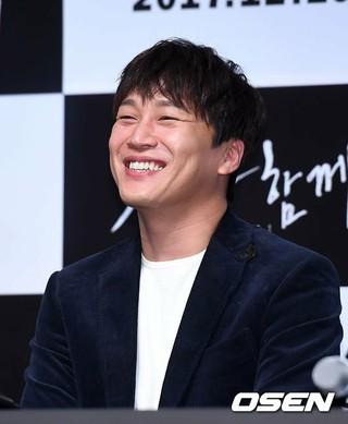 俳優チャ・テヒョン、映画「神と共に」メディア試写会に出席。